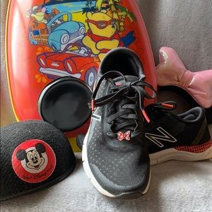 New Balance Minnie Mouse Rock the Dots Sneakers.